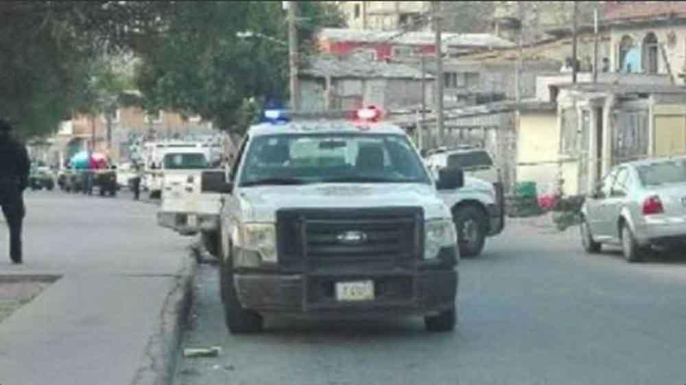 Localizan cuerpo decapitado dentro de un auto en Tijuana