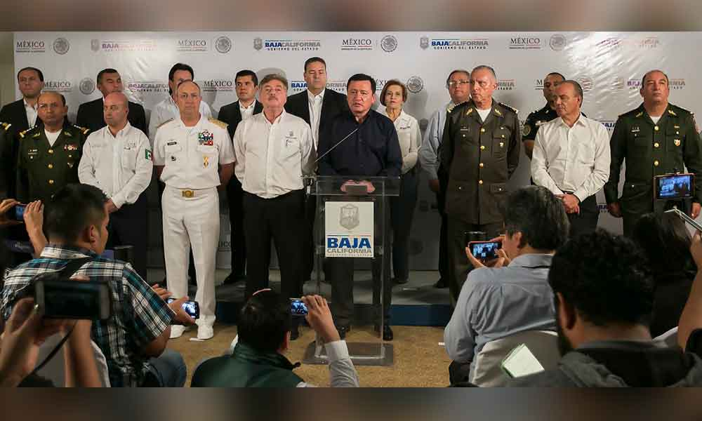 Francisco Vega y Osorio Chong encabezan reunión de seguridad en Baja  California