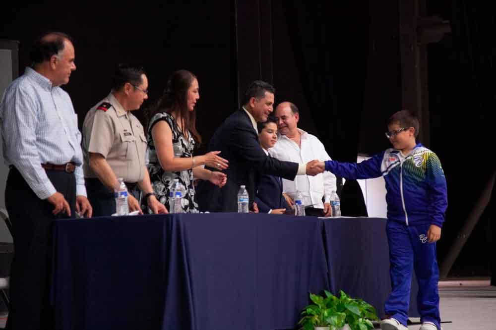 Acuden autoridades municipales a Ceremonia de Clausura del ciclo escolar 2016-2017