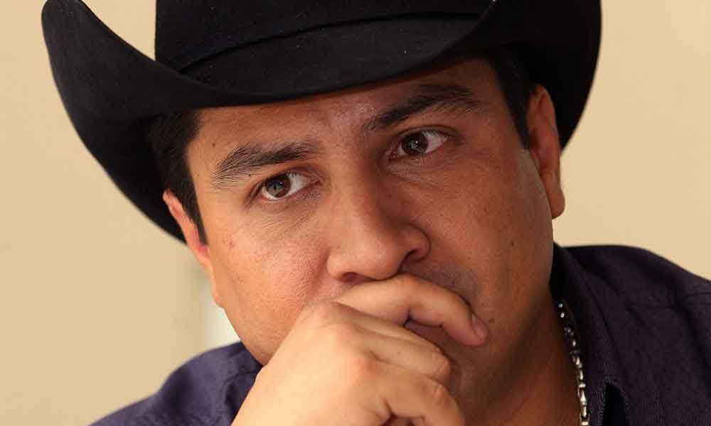 """Televisa saca a Julión Álvarez de la """"Voz Kids"""""""