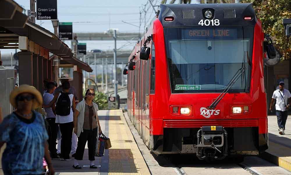 Miedo a infectarse de Hepatitis A en transporte público de San Diego
