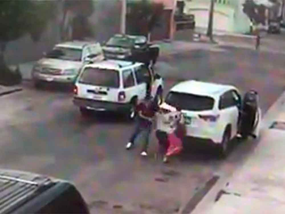 Intentan robar camioneta con una niña adentro en Playas de Tijuana