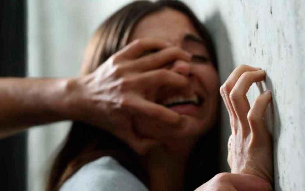 Niña fue violada por 40 hombres mientras sus padres estaban trabajando