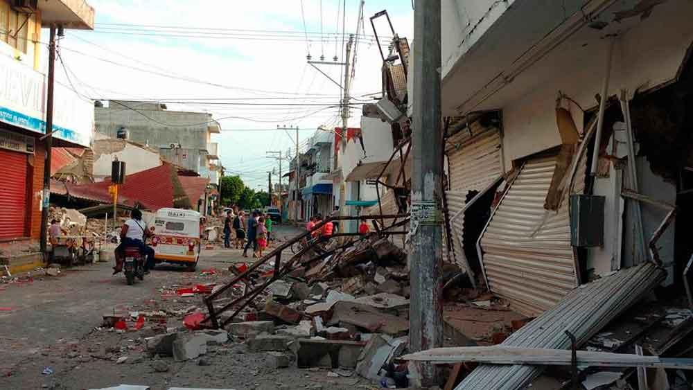 Sube a 90 el número de muertos por sismo de 8.2 grados