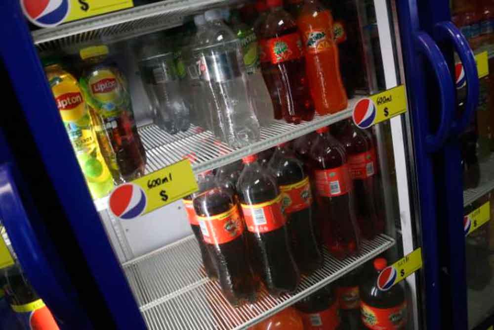Comienzan a retirar refresco de abarrotes y tiendas en Mexicali