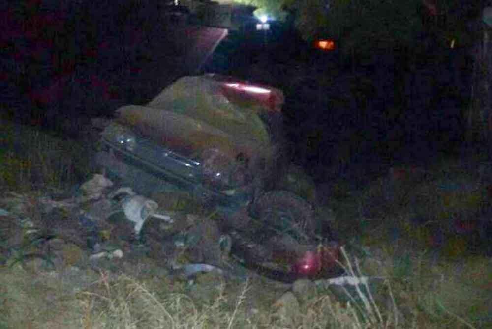 Fatal volcadura provoca la muerte de jovencita en Ensenada