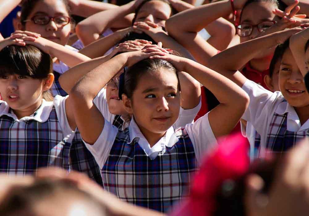 Participan escuelas de BC en simulacro de evacuación en caso de sismo