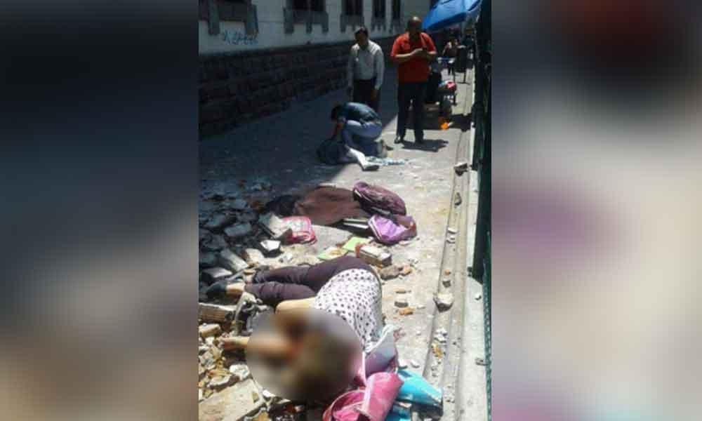 Madre e hija mueren abrazadas tras el terremoto