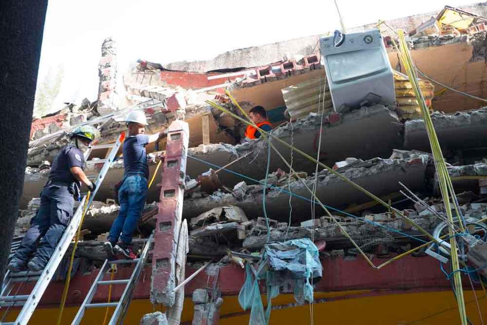 Luego de cinco horas de rechazo, México acepta ayuda ofrecida por Suiza tras sismo