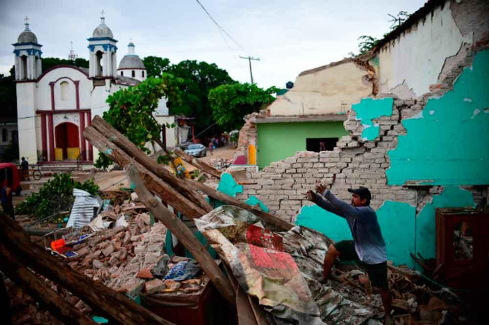 Sismo de hoy derrumba casas en Oaxaca