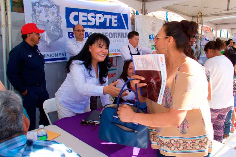 Facilita Gobierno de BC trámites y servicios en CESPTE