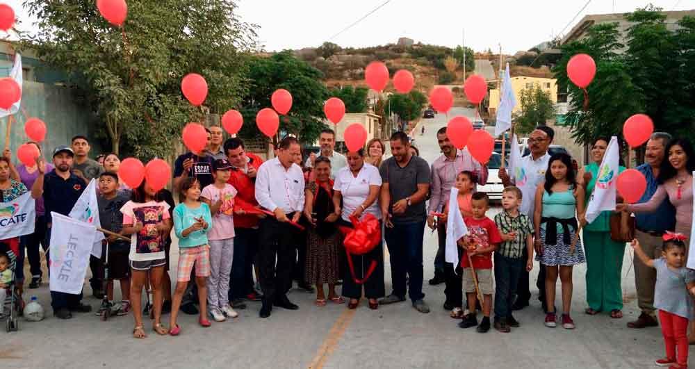 Alcaldesa inauguró la calle Tercera en la colonia La Rinconada de Tecate