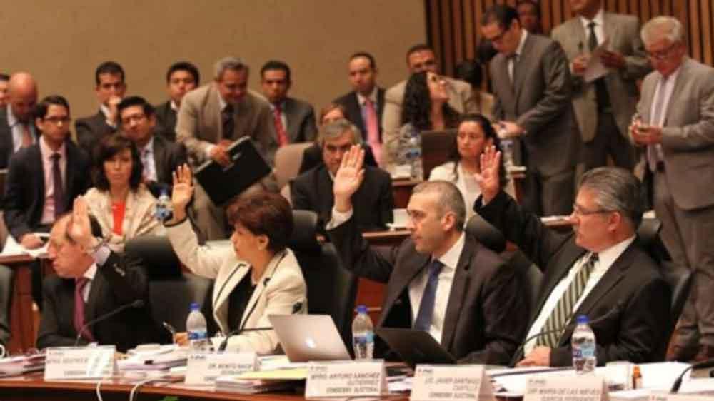Consejeros del INE rechazan donar el 5% de su sueldo para los damnificados