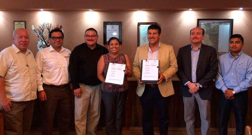 Ayuntamiento de Tecate y Registro Público de la Propiedad del Estado firman convenio de colaboración