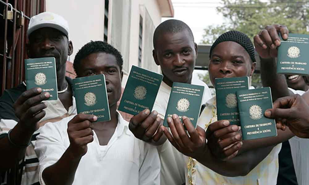 Aumentan haitianos regularizados en Baja California