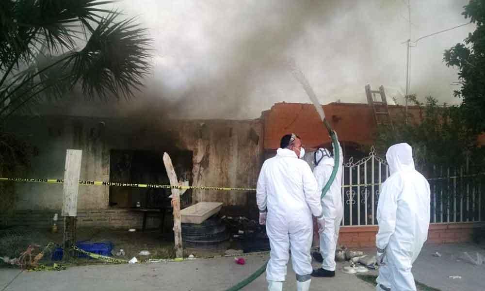 Incineran casa infestada por garrapatas; Murieron 3 por Rickettsiosis