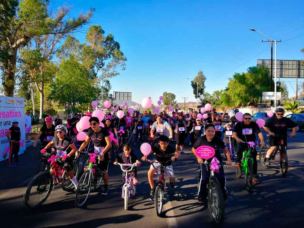 """Realizan en Tecate el paseo recreativo """"Juntos por una vida libre del cáncer de mama"""""""