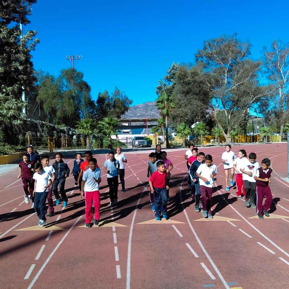 Siguen eliminatorias escolares en la Unidad Deportiva Santana: Imdete