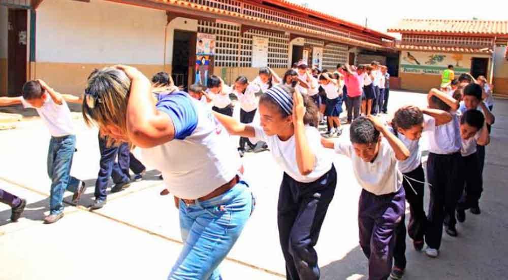 Docentes ignoran ley de protección civil en escuelas: Protección Civil