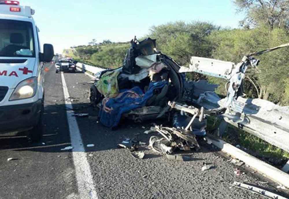 Muere familia completa en fatal accidente en carretera