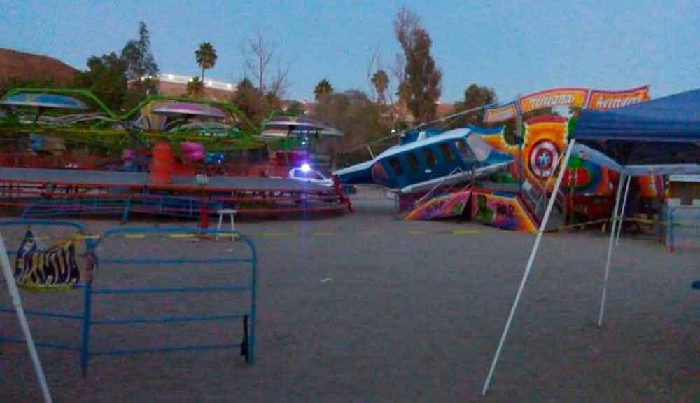 """Menor lesionada al venirse abajo juego mecánico """"El Helicóptero"""" en Parque Morelos"""
