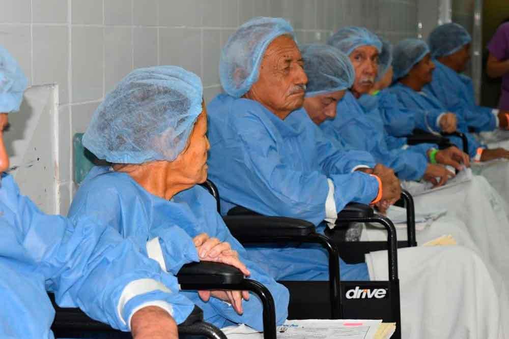 Realizan jornada extraordinaria de cirugía de catarata en IMSS Mexicali
