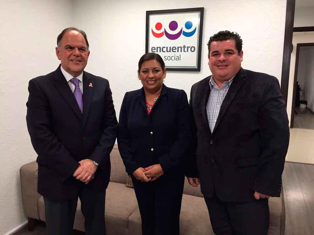 Alcaldesa Nereida Fuentes gestiona mayores recursos federales para Tecate