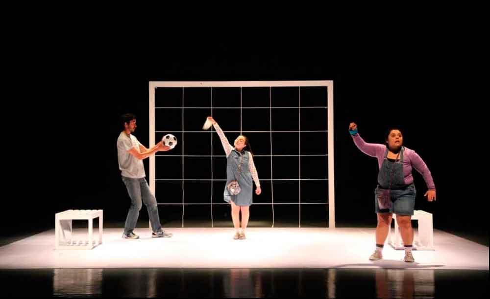 Presentarán hoy obra de teatro Corazón Gordito en CEART Tecate