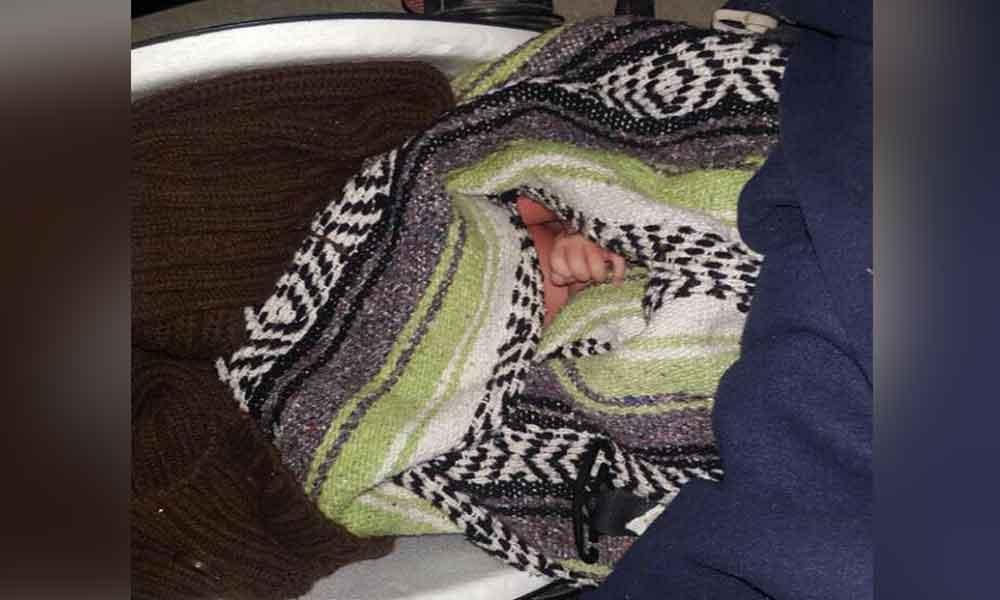 Abandonan a recién nacido en centro comercial de Tijuana