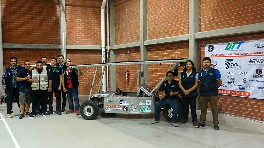 Ganan estudiantes de UTT primer lugar en carrera de vehículos solares
