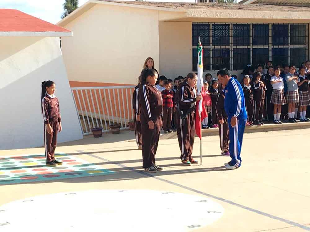 Se mantiene cerca el Ayuntamiento con la comunidad estudiantil