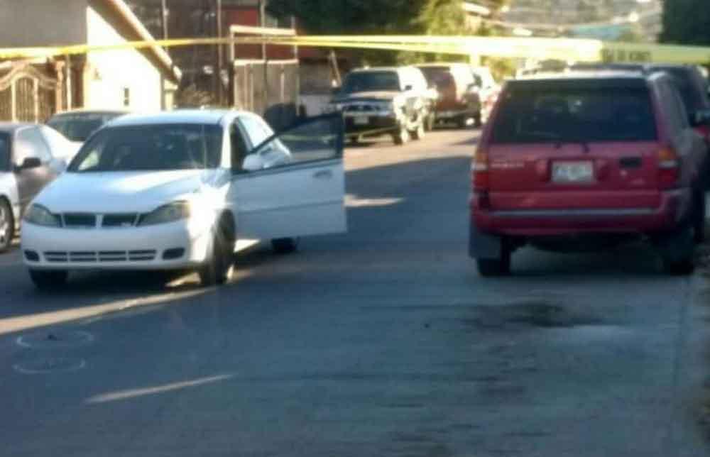 Intentan ejecutar a oficial de policía en Tecate