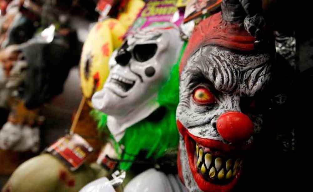 Adultos no podrán usar máscaras y maquillaje por Halloween en vía pública