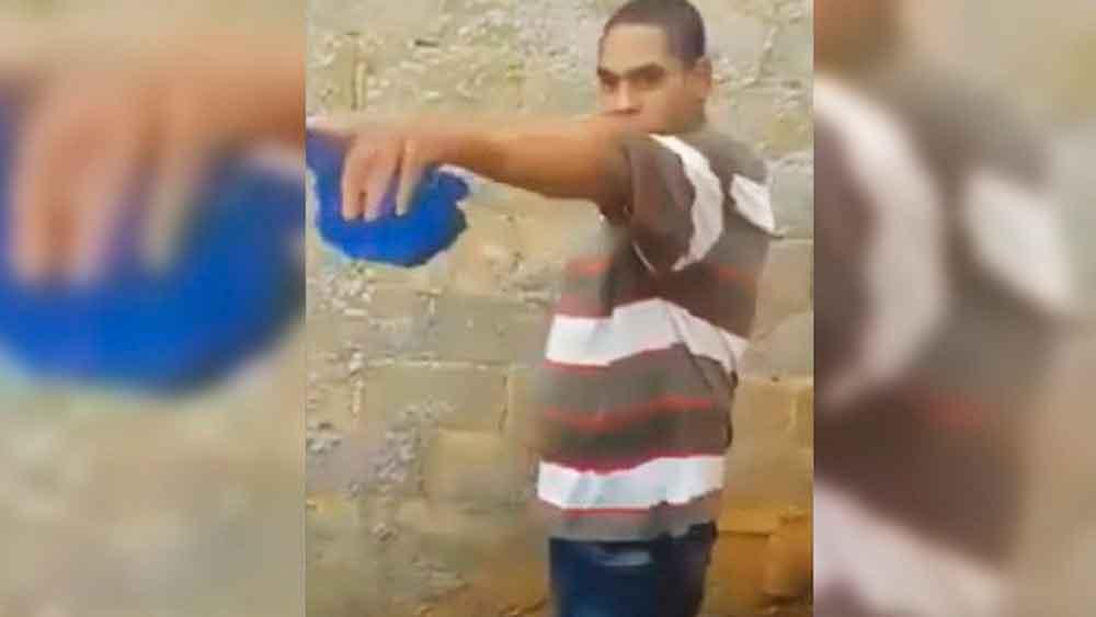 Mujer graba su propio asesinato a manos de su vecino