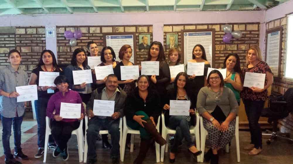 Se imparte taller de crecimiento general para la mujer en El Hongo