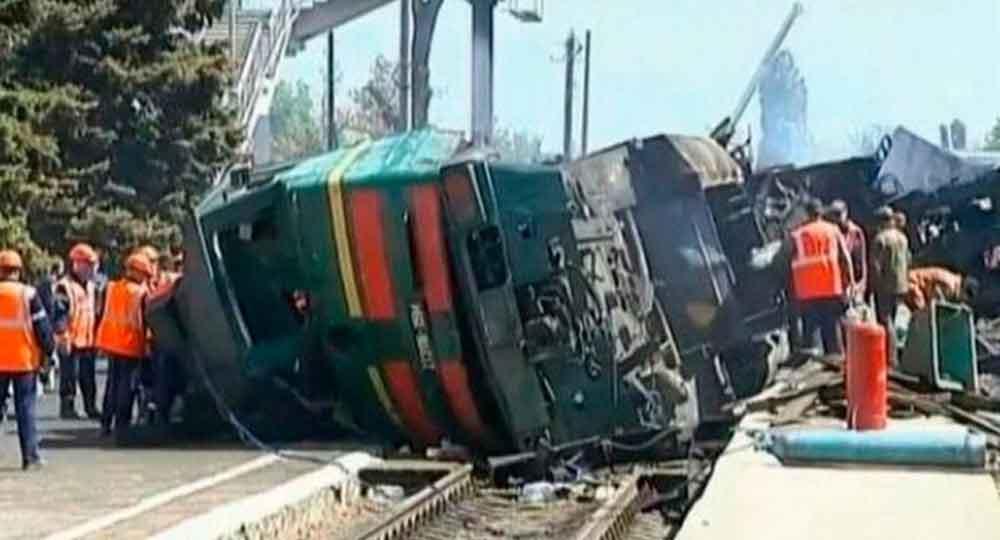 Al menos 33 personas mueren en un accidente de tren