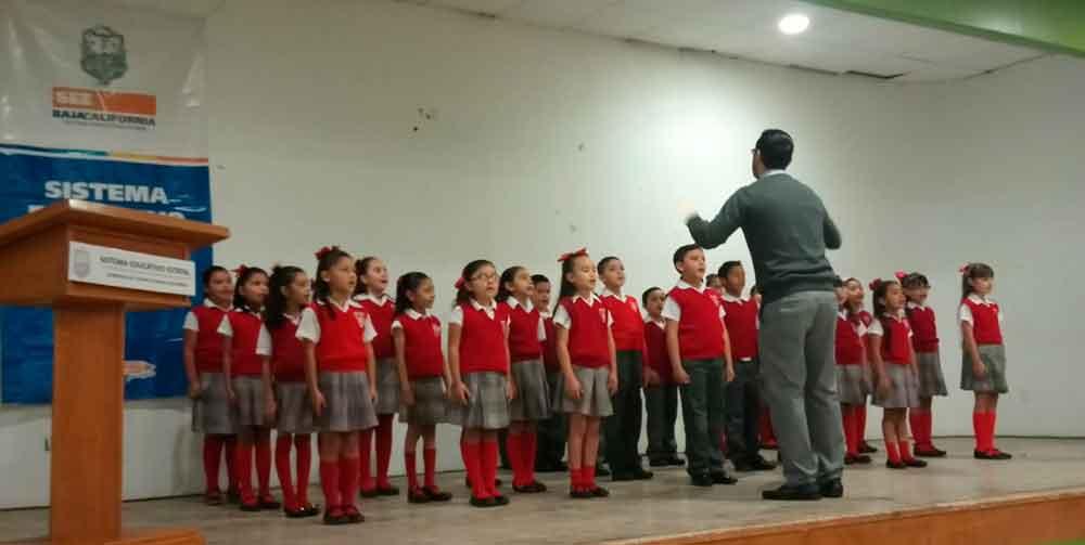 Realizan en Tecate etapa municipal del Concurso de Interpretación de Himno Nacional