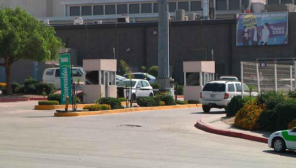 Plazas comerciales ya no podrán cobrar servicio de estacionamiento en Tijuana