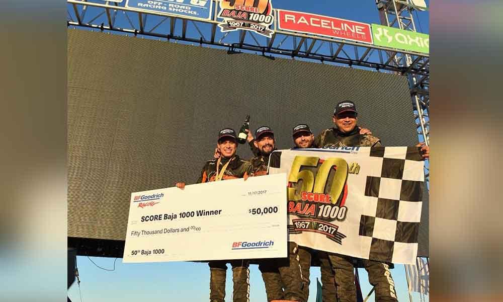 Apdaly López se corona ganador en la Baja 1000
