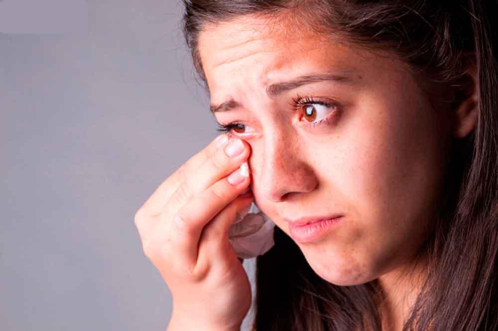 Exhortan a cuidar la salud de los ojos para evitar infecciones oculares