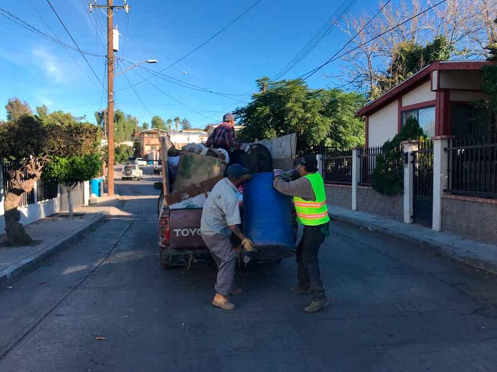Obras Públicas municipales continúa con la recolección de basura