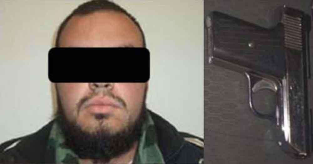 Capturan en Tecate a hombre con vehículo robado y arma de fuego
