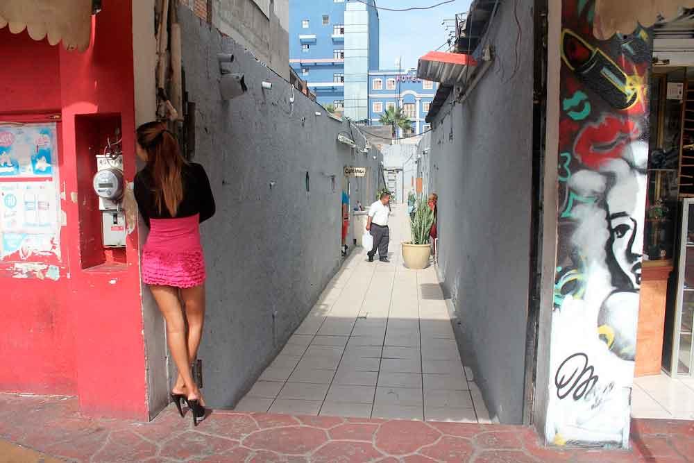 Confirman dos detenidos por turismo sexual; buscaban a niñas de Tijuana