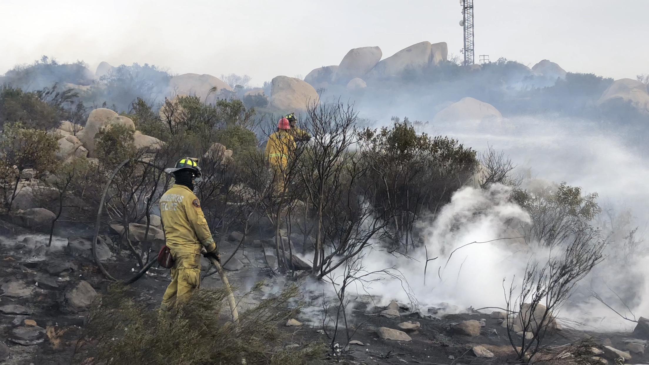 Bomberos evitan que fuego consumiera 9 viviendas en colonia El Tepeyac
