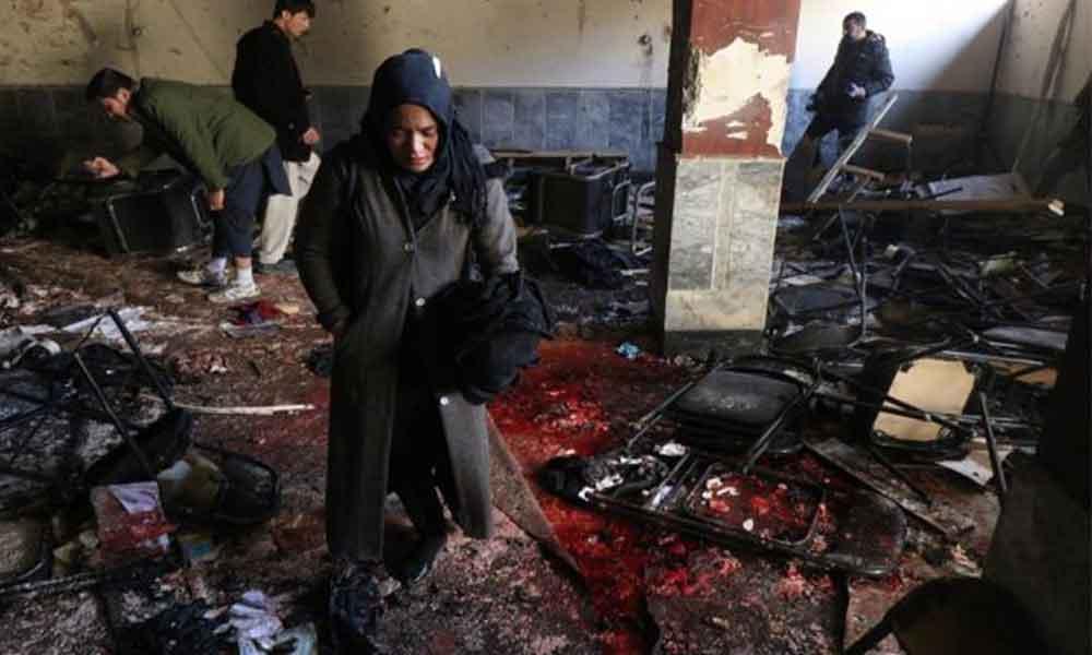 41 muertos por atentado suicida en Kabul
