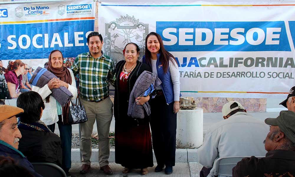 Beneficia Gobierno del Estado a Tecatenses con apoyos sociales