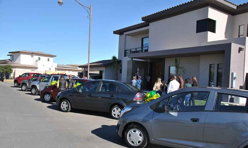 Entregaron los premios del Sorteo Magno de la UABC; Residencia y automóviles (Galería)