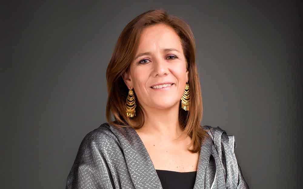 Zavala aprovechó el día de la Virgen para juntar firmas en la Basílica de Guadalupe