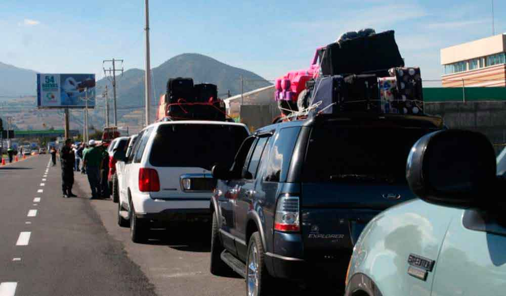 En caravana, 4 mil migrantes regresan a México por Navidad