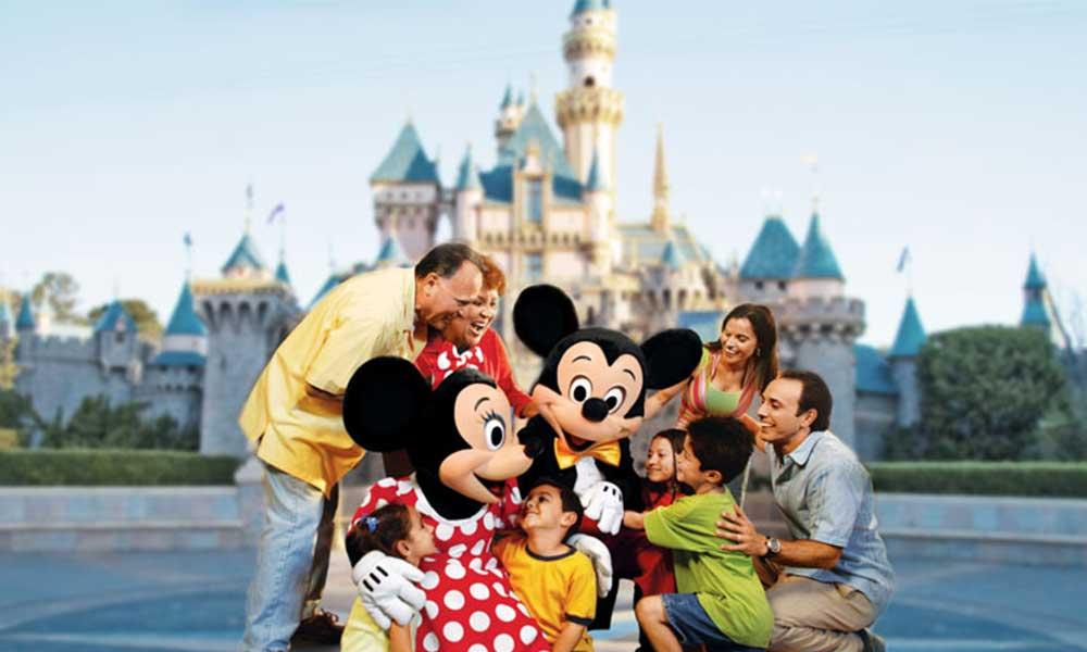 Descuentos en boletos de Disneyland para residentes de California y Baja California